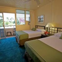 Hilo Seaside Hotel Guest room