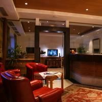 Hotel Cristallo Lobby Sitting Area