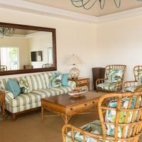 Ocean Terrace Inn Lobby Sitting Area