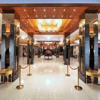 Remisens Premium Hotel Metropol Interior Entrance
