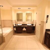 The Pasanggrahan Royal Boutique Hotel Bathroom