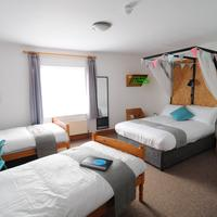 The Inn to the West Guestroom