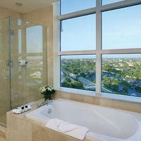 Marco Beach Ocean Resort Deep Soaking Bathtub