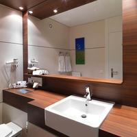 Ramada Regina Titlis Engelberg Bathroom Sink