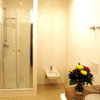 Schloss Hotel Wolfsbrunnen Bathroom