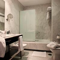 Hotel Nuevo Boston Bathroom