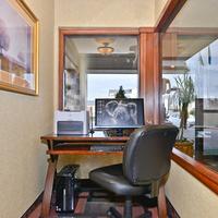 Ramada Kent Seattle Area Business Center