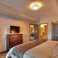 Stoneridge Mountain Resort Guestroom