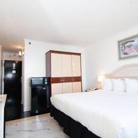 Meadowlands View Hotel Guestroom