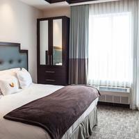 Condor Hotel Guestroom