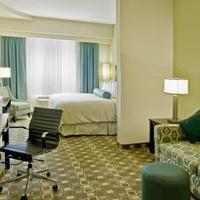 Best Western Plus Fort Lauderdale Airport South Inn & Suites King Guest Room Living Room