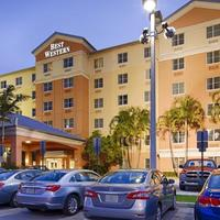 Best Western Plus Fort Lauderdale Airport South Inn & Suites Hotel Exterior