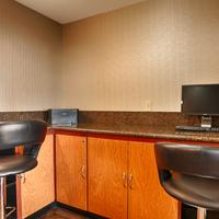 Best Western Plus Suites Hotel Business Center