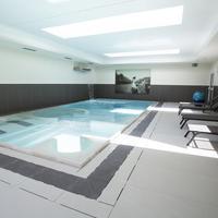 Villa Italia Indoor Pool