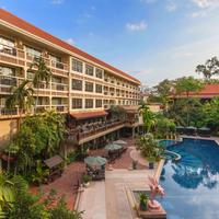 Prince D'Angkor Hotel & Spa Outdoor Pool
