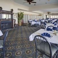 Dunes Manor Hotel & Suites Dining