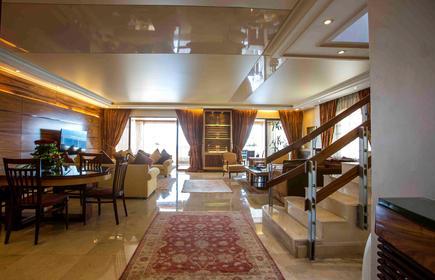 Lahoya Suites
