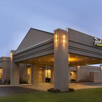 Radisson Hotel Detroit Metro Airport Exterior
