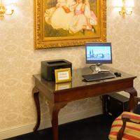Bristol Hotel, Boutique Collection Business Center
