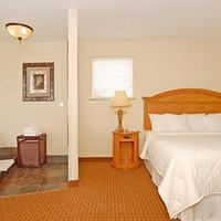 Comfort Inn & Suites by Seaside Convention Center/Boardwalk Suite