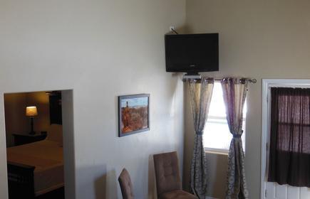 Mountain Ridge Motel & Cabins
