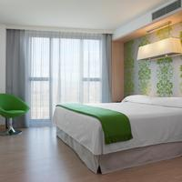 DoubleTree by Hilton Hotel Girona Guest room