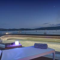 La Roche Hotel Beach/Ocean View