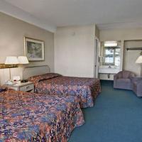 Travelodge San Francisco Airport North Guestroom