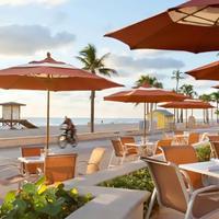 Hollywood Beach Marriott Outdoor Dining