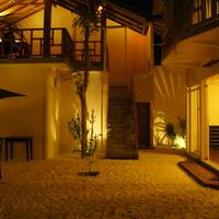 Palm Residence Outdoor Dining