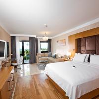 Hilton Bodrum Turkbuku Resort & Spa Guest Room