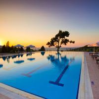 Hilton Bodrum Turkbuku Resort & Spa Outdoor swimming pool