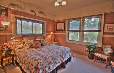 Aloha Junction Bed & Breakfast