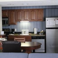 Doral Inn & Suites Miami Airport West In-Room Kitchen