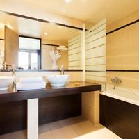 Hôtel L'Arboisie Bathroom