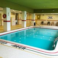 Oakes Hotel Overlooking The Falls Indoor Pool