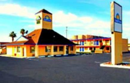 Travelodge Phoenix North