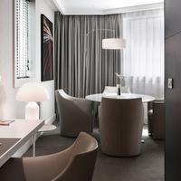 Pullman Paris la Défense Guestroom