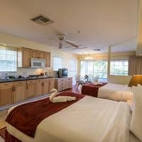The Lighthouse Resort Inn & Suites Guestroom