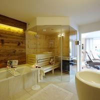 Luxuslodge 'Zeit Zum Leben' Wellnessbereich mit Sauna und Ruheraum