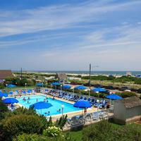 La Mer Beachfront Inn Outdoor Pool