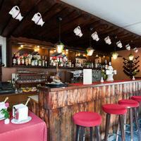 Hotel Dischma Bar