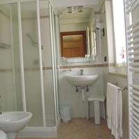 Hotel Relais Grünwald Bathroom
