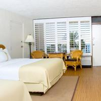 Holiday Inn Resort Panama City Beach Guestroom