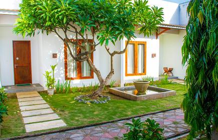 Terra Santa Residence
