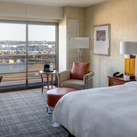 Marina del Rey Marriott Guest room