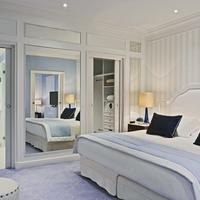 Hôtel Barrière L'Hermitage Guestroom