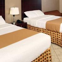 Beachside Resort Hotel Guestroom