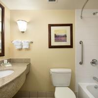 Hilton Garden Inn Chicago OHare Airport Guest room
