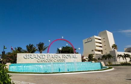 Grand Park Royal Cancún Caribe
